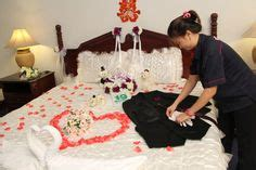 Bunga Artificial Broken White promo dekorasi kamar pengantin diskon 20 rangkaian bunga