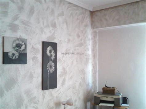 decorar pared de gotele pinturas decorativas trabajo en habitacion con gotele