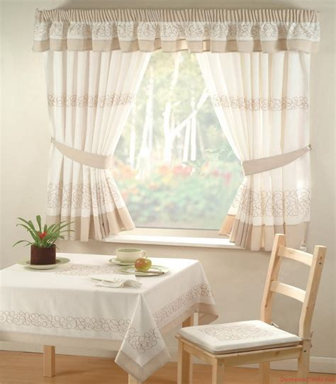 inexpensive kitchen curtains cheap kitchen curtain sets