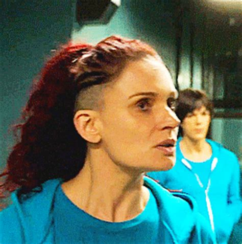 bea smith hair color wentworth 2048 wentworth