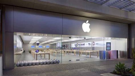 fashion valley apple store rally zone against fbi s