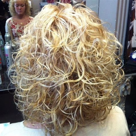 perms for shoulder length hair women over 40 40 gorgeous perms looks say hello to your future curls