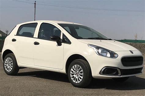 entry level fiat punto evo launched in india at rs 4