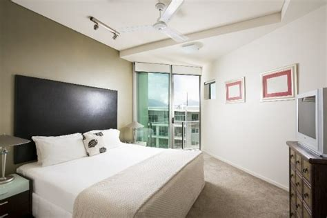 3 bedroom apartments cairns great barrier reef 5 night package with 3 reef trips