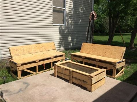 Diy Simple Pallet Patio Furniture Pallet Furniture Plans Patio Pallet Furniture Plans