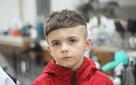 corte de cabelo infantil 30 ideias estilosas para os razor part o corte de cabelo masculino infantil que 233