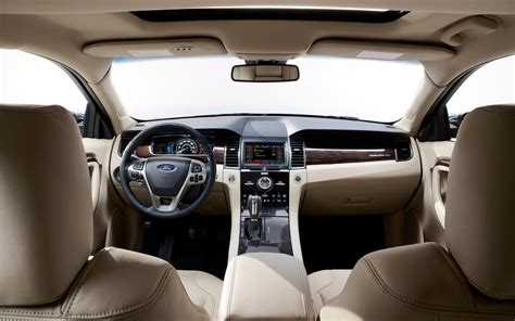 2013 Ford Taurus Limited Interior by 2013 Ford Taurus Limited Interior Photo 7