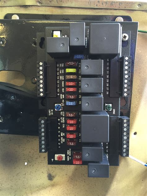 aftermarket auto fuse box fuse relay system wiring circuit