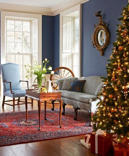 how to decorate a colonial home colonial christmas decor ideas midwest living