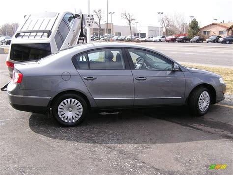 gray volkswagen passat 2006 united grey metallic volkswagen passat 2 0t sedan