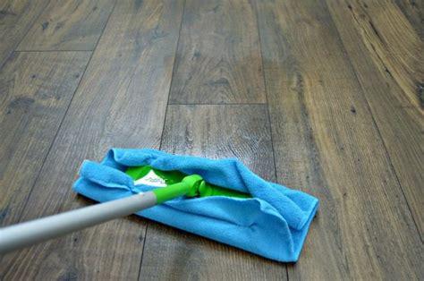Easy Homemade Wood Floor Cleaner   Mom 4 Real