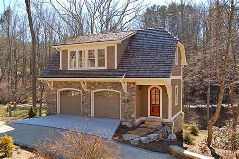 carriage house apartment plans guest carriage house on pinterest carriage house guest houses and new england