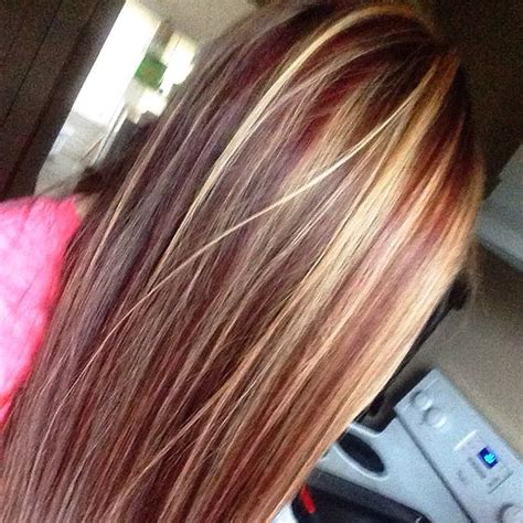 what red highlights look like in blonde streaked hair suvite roscate pentru par brunet blond si saten beauty