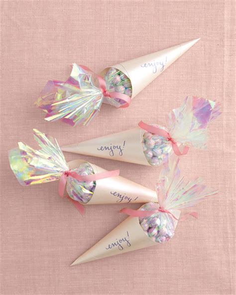 Candy Giveaways - diy wedding favor ideas blog botanical paperworks