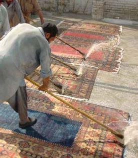pulizia tappeti ammoniaca restauro pulizia manutenzione e permuta dei tappeti