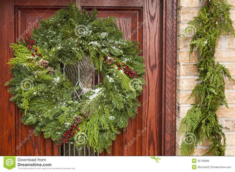 green holiday christmas wreath royalty free stock image