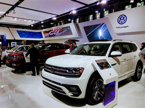 montreal auto show   leasecosts canada