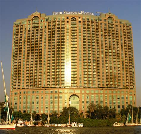 le four file cairo garden city four seasons hotel from the nile jpg