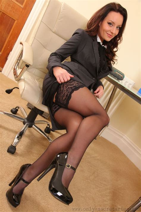 only tease more free pictures and videos carla brown from only tease click here to see more carla