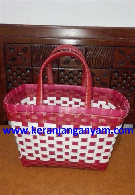 Keranjang Mini Kotak tas anyaman model kotak warna merah putih keranjang anyam
