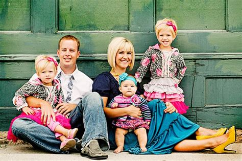 Family Pics Ideas | best pinterest family pictures idea