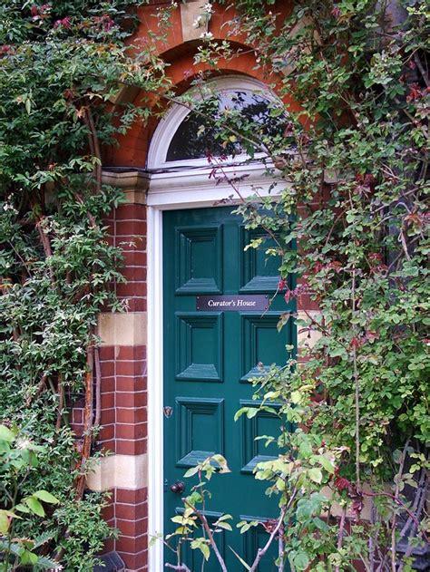 Chelsea Physic Garden 1 Front Door Gardens