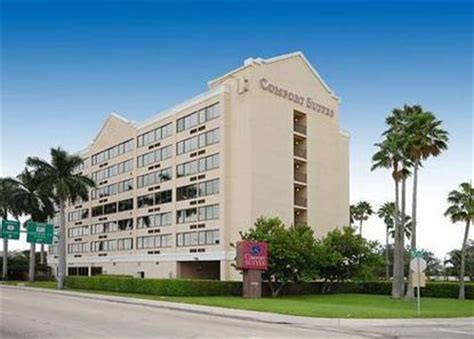 comfort inn fort lauderdale airport comfort suites airport and cruise port fort lauderdale