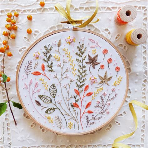 creative design and embroidery modern hand embroidery embroidery kit autumn leaves wall