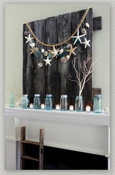 Reclaimed Home Decor Diy Wall Decorating With Recycled Material Recycled Things