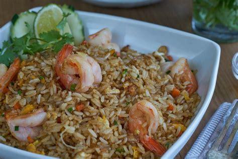arroz frito arroz frito  langostinos arroz frito