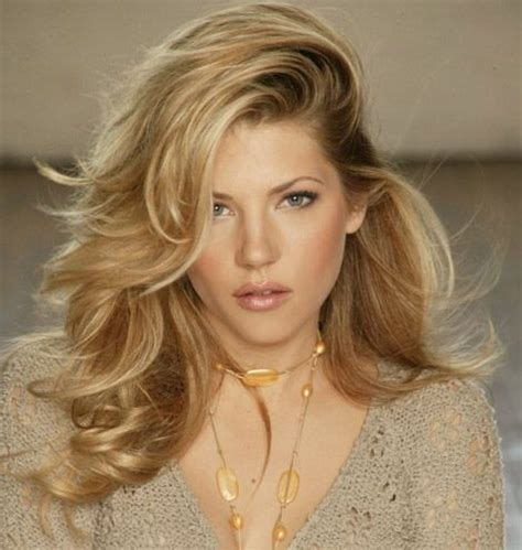 katheryn winnick vikings hair katheryn winnick hot headshot pic ideas pinterest