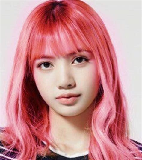 blackpink hairstyle 9 times blackpink lisa changed her hairstyle since debut