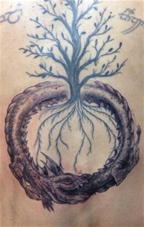 uroboro tattoo pinterest 1000 images about uroboro on pinterest ouroboros tattoo