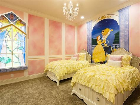 beauty and the beast inspired bedroom ahhh we stayed at this house ella loved the room ella