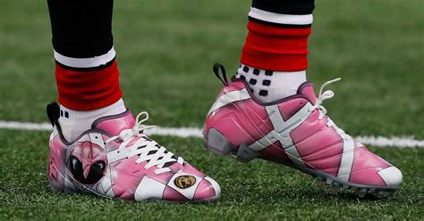 shoes for football players what are those nfl players can wear custom cleats this