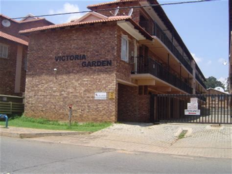 2 bedroom flat in johannesburg to rent 1 bedroom flat to rent in kempton park cbd east rand