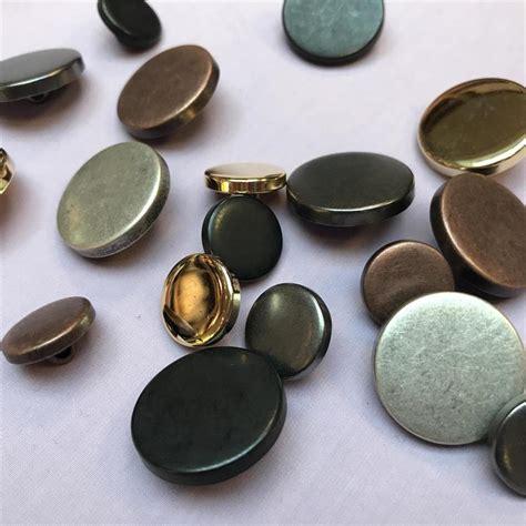 Button Flat flat top metal shank button