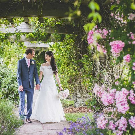 Our Selection of the Best Marquee Wedding Venues   hitched