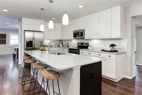 cost to tile backsplash in kitchen