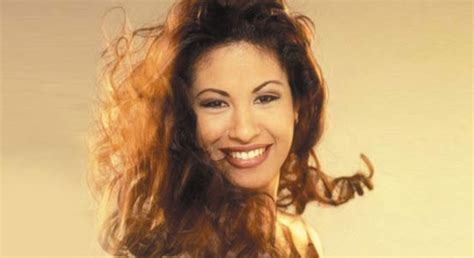 selena quintanilla biography in english selena quintanilla quotes in spanish quotesgram
