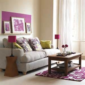 wohnzimmer in lila living room with pruple accents living room furniture