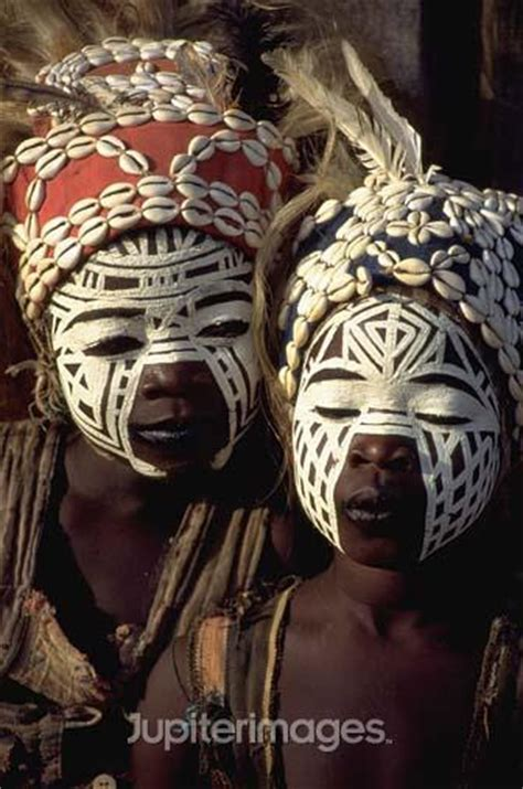 african tribal women face paint african tribal face painting www imgkid com the image