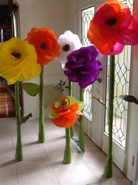 How To Make Big Flowers Out Of Paper - 34 best paper flowers images on paper flowers