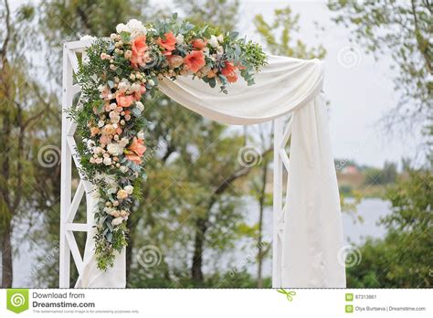 Wedding Arch Cloth by Beautiful Wedding Arch Decorated With White Cloth And