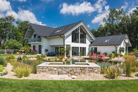 das perfekte haus mit garten kreiseder holzbau - Haus Mit Garten