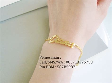 Kalung Nama Lapis Emas Dengan Model Yg Elegan gelang nama lapis emas gelang nama murah