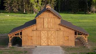 Barn Designs Traditional Wood Barn Great Plains Western Horse Barn
