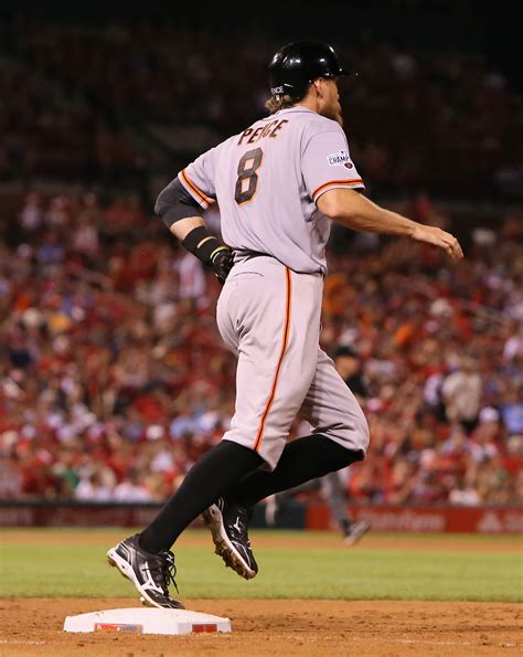 hunter pence warm up swing bochy giants hope fewer swings equal healthier obliques