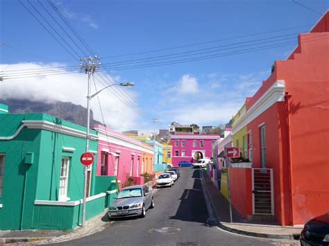 colorful buildings file colorful buildings bo kaap 24 jpg wikimedia commons