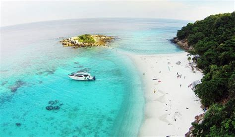 amazing islands  phuket  escape  crowds